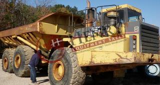 1999 Caterpillar D400E Off Road Truck