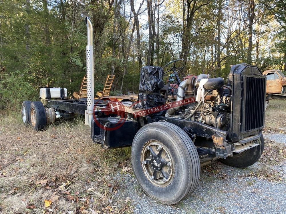 Mack B Model Misc  Truck Parts   1136