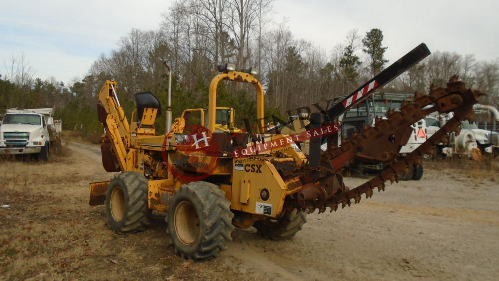 1995 Ditch Witch 7610DD Backhoe Trencher (#317) - Henry