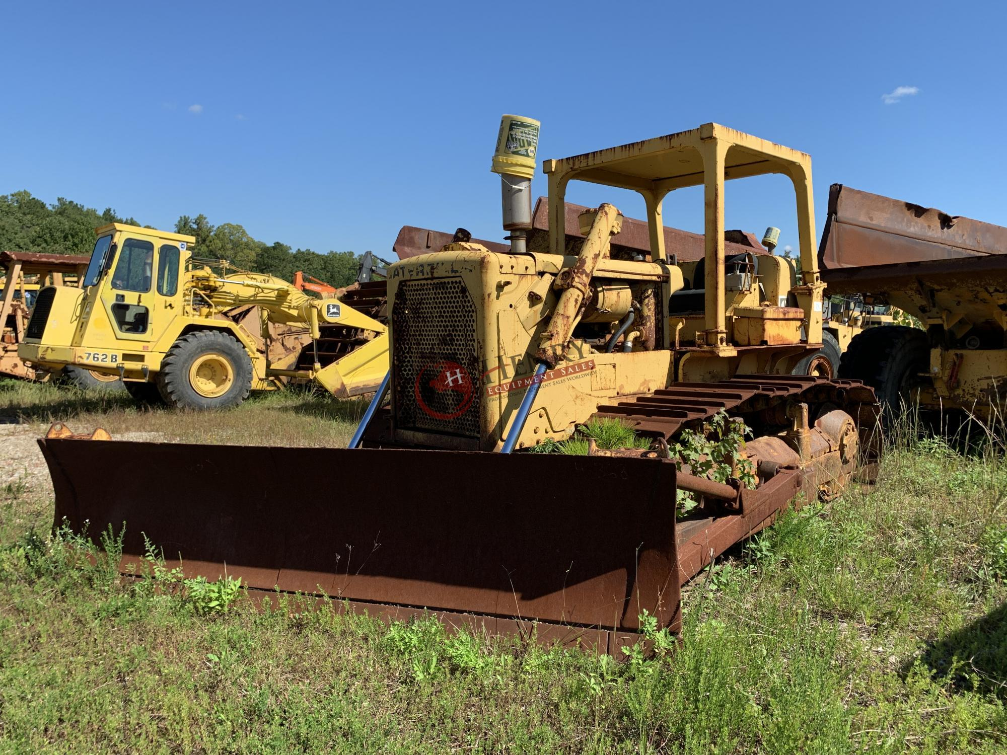 1975 Caterpillar D6C Dozer (#396) - Henry Equipment Sales