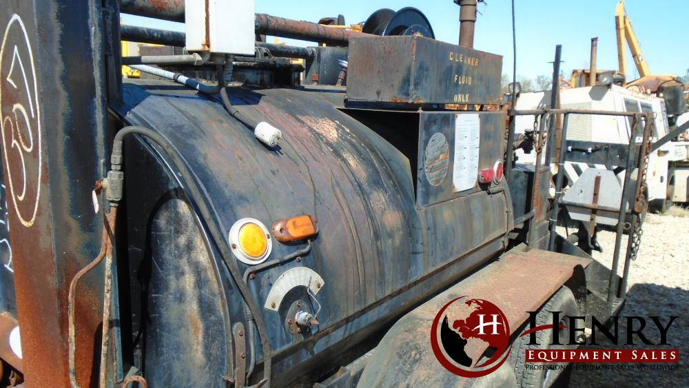 Chausse Mfg. Co., Inc.  Tar Kettle Distributor Tank